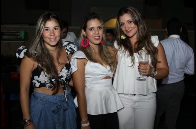 Melissa Dáger, Claudia Franco y Daniela Acevedo.