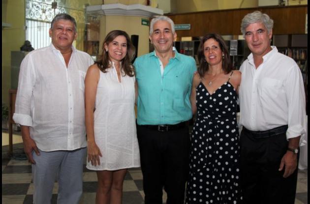 Omar Frieri, María Nelly de Vivero, Jaime Bonet, Carolina Saravia y Juan Pablo Uribe.