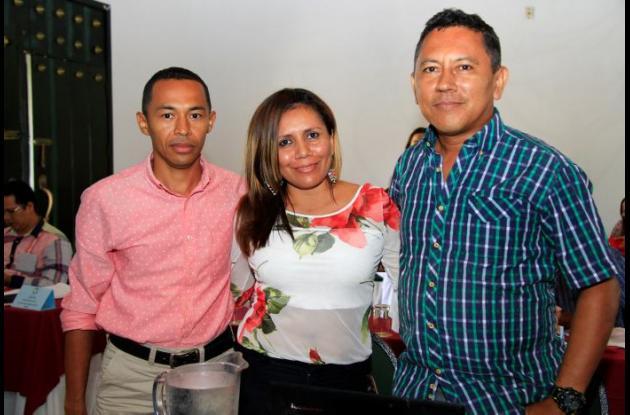 Osmir Peñaloza, Mercedes Herrera y Ariel Puello.