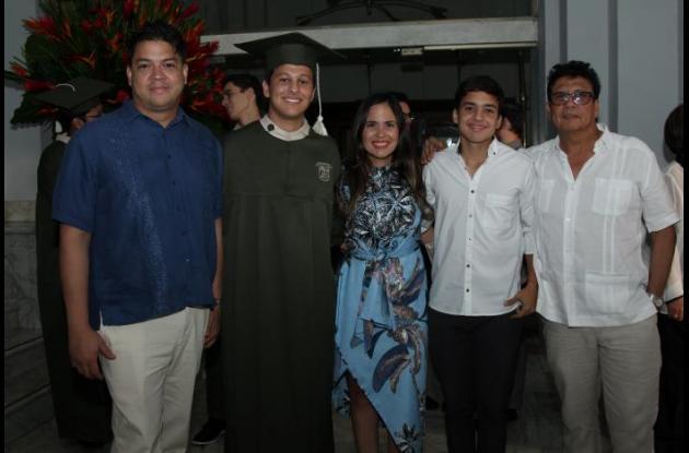 Pablo Herrera, Luis Felipe Cobo, Laura Díaz, Carlos Cobo y Carlos Díaz.