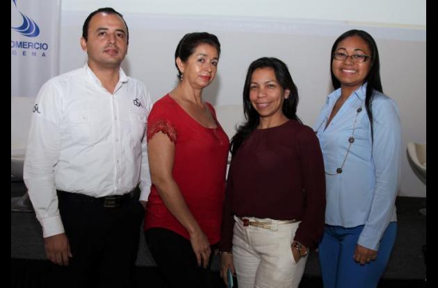 Wilmer Román, Luz Sánchez, Delsy Cantillo y Yuleidis Cancio.