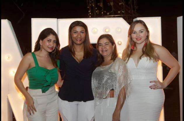 Yelena Castaño, Irina Lucero, Luz Angélica Giraldo y Leidy Arévalo.