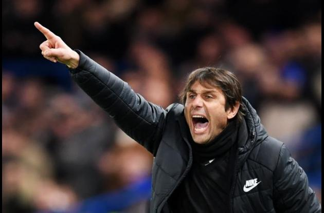 Antonio Conte, despedido del Chelsea