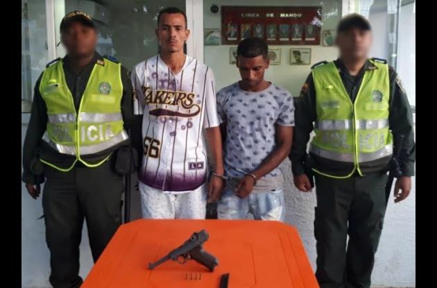 Dos capturados en San Fernando con un arma de fabricación alemana considerada una reliquia y valorada en $65 millones.