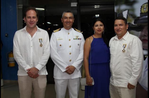 Eduardo Polo, Leonardo Medina, Jenifer Bolívar y Moisés Navia.