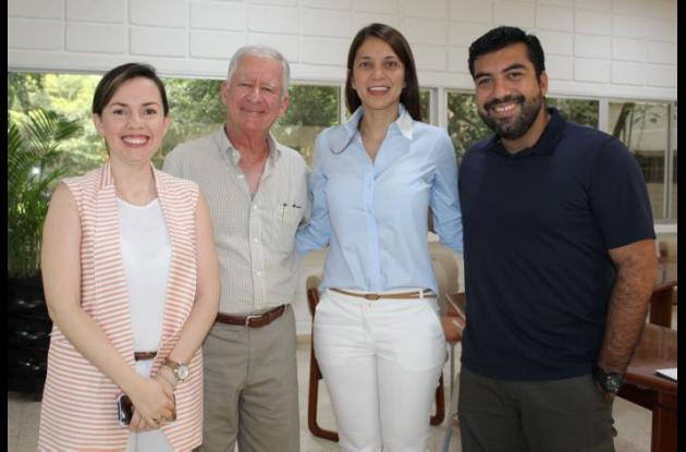 Ericka Duncan, Haroldo Calvo, Gilda Navarro y Javier Campillo.