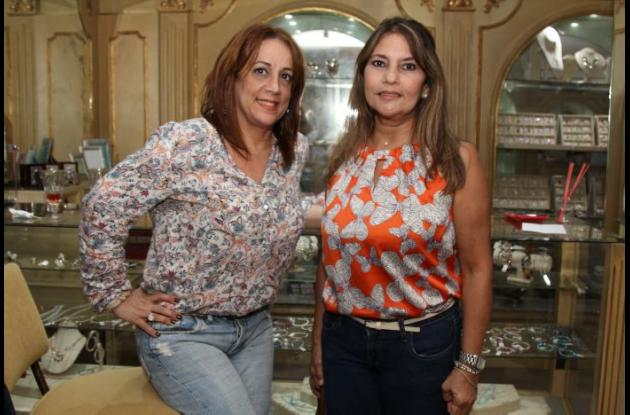 Leila Arana y Gloria Rojas.