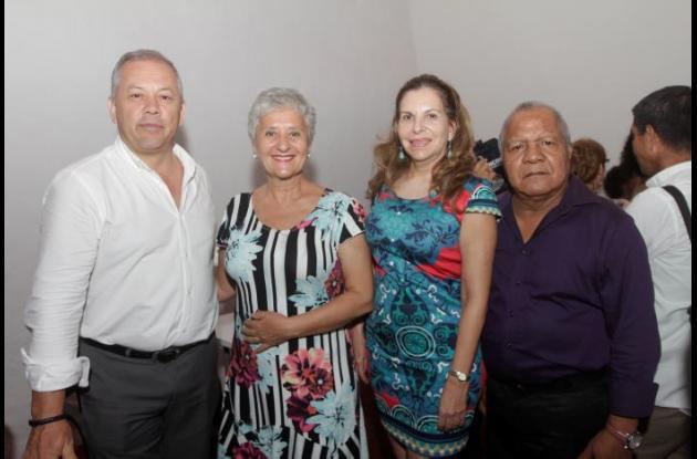 Luis Fernando Rodríguez y Zsuzsanna Varga, Rosario López y Alfonso Herrera.