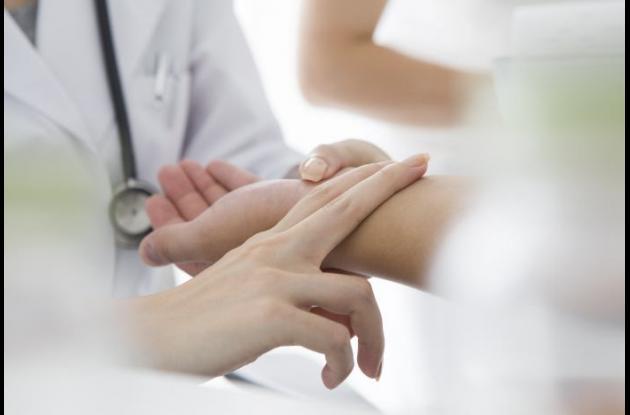 Para tratar el párkinson, existe una terapia conocida como Estimulación Cerebral Profunda capaz de regular los síntomas motores de los pacientes. El ejercicio complementa la terapia.