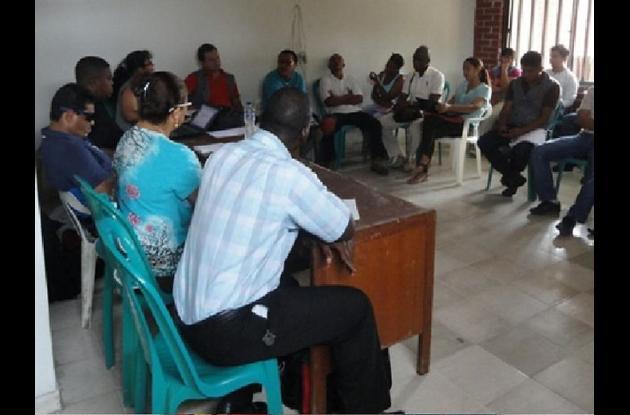 Reunión de beneficiados de proyectos de paz