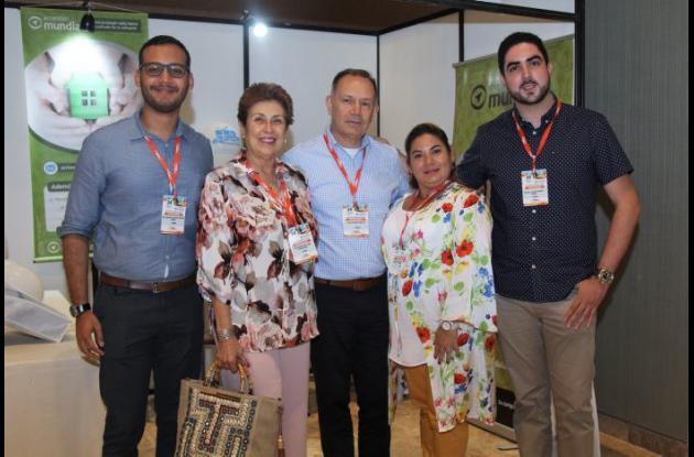 Guillermo Salas, Clara Ríos, Julio Ardila, Karina Reyes y Rafael Gómez.