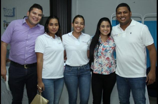 José Mario Bello, Mariana Álvarez, Liseth Álvarez, Martha Gutiérrez y Alfonso Cuadro.