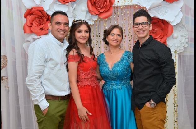 Luis Gulfo, Laura Gulfo Guardo, Ana María Guardo y Luis Gulfo Guardo.