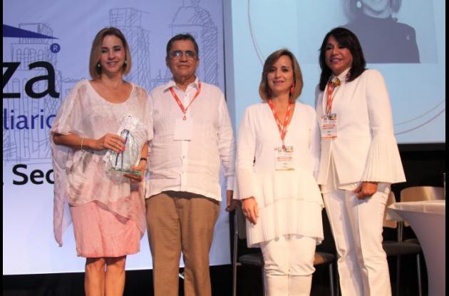 María Claudia Páez, Reyner González, María Clara Luque y Mayra Rodríguez.