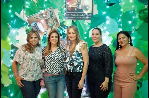María José Esmeral, Margarita Meza, Ángela María Herrera, Paola Angulo y Andrea Obregón.