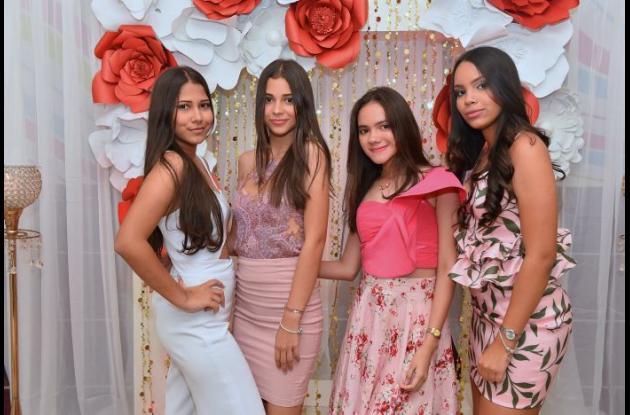 Mariana Burgos, Katrina Bustos, Juliana Bonilla y Elanie Moreno.