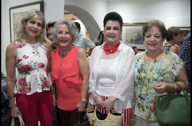 Martha de Tono, Rosario de Spicker, Toñita de Maldonado y Margarita de Del Castillo.