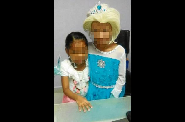 Dos niñas con cáncer que esperan atención de la EPS.