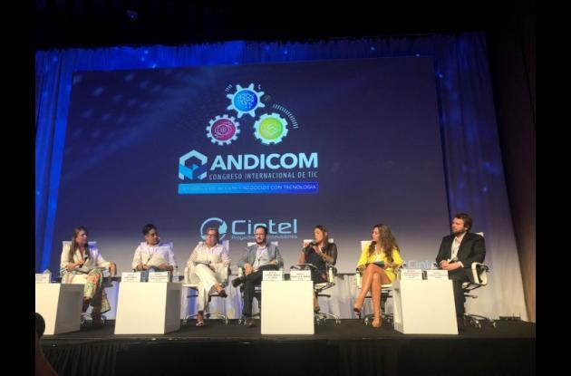 Panel de expertos en piratería en Andicom 2018