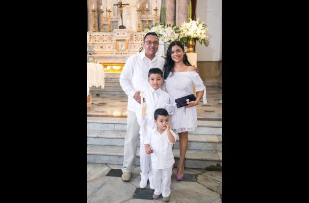 Rafael Villadiego, Jenny Méndez, Juan Pablo Villadiego y Andrés Villadiego.