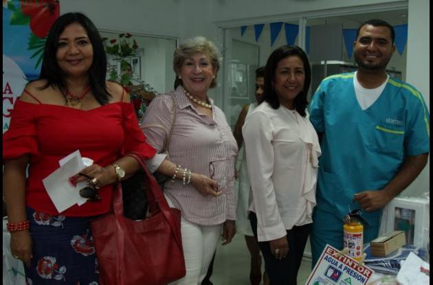 Rita Llerena, Ruby Fernández, Isabel Vergara y Robinson Frías.