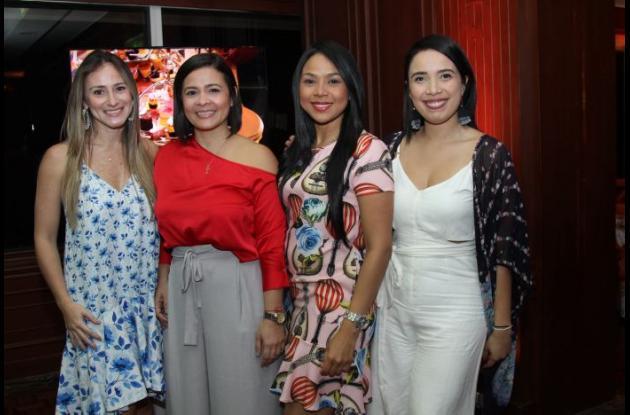 Susana García, Aurora Ochoa, Liliana Ramírez y Sarey Orozco.