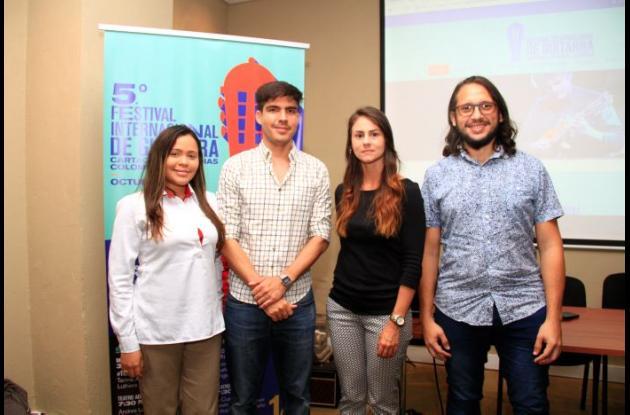 Andrea Blanco, Felipe Uricoechea, María Mercado y Mario Evans Osorio.