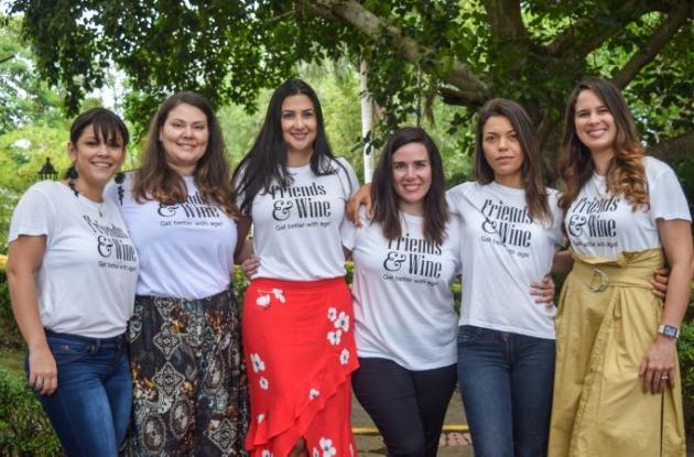 Andrea Gaitán, Catalina Mejía, Diana Del Castillo, Gina Rodríguez, María Lourdes Bray y Gina Díaz.