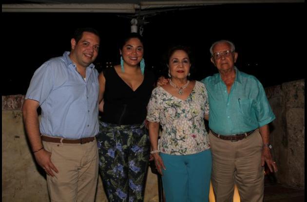 Benjamín Barraza, Indira Carrasquilla, Leonor de Giraldo y Fabio Giraldo.