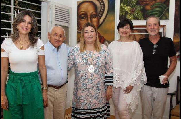 Betina Muñoz, Pedro Cruz, Patricia Cardoso, Dora Cardoso y Thierry Legall.