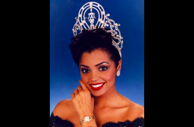 Chelsi Smith, Miss Universo en 1995