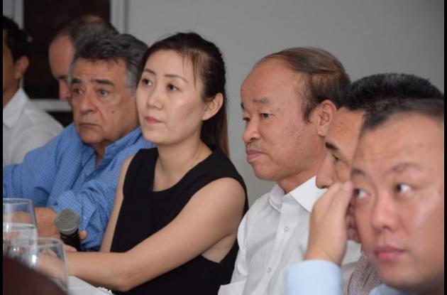 delegados de la provincia Hainan