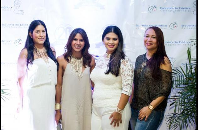 Diana Aguilar, Gina Cortina, Alicia Pianeta e Ivette Martínez.