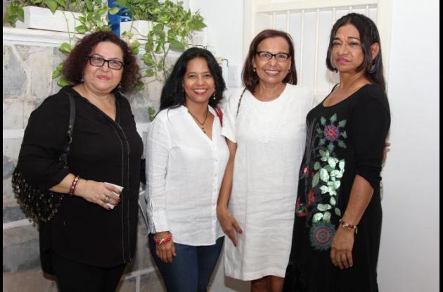 Iliana Marún, Ladys Posso, Lilibeth Bautte y Mary Serrano.
