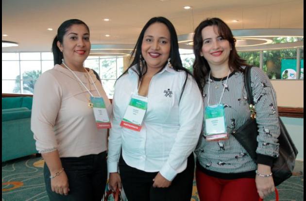 Isabel Díaz, Eliana Vitola y Adriana Dávila.