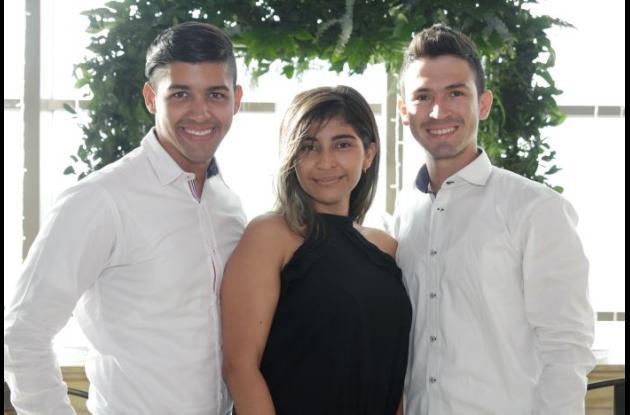 Jorge Ricardo, Ángella Borelly y Carlos Puello.