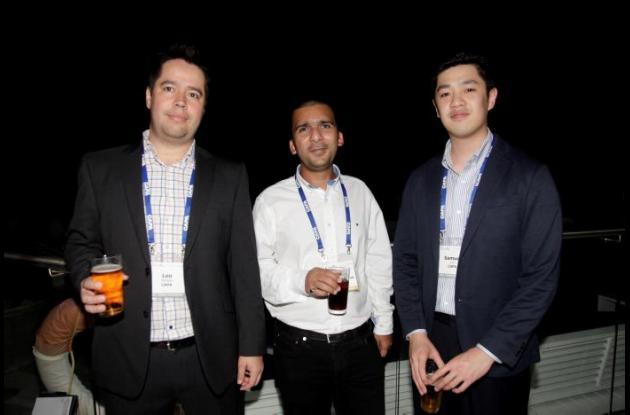 Leo Mendes, Abbas Bundeali y Samuel Cui.