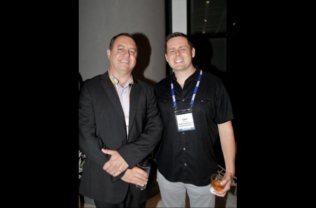Luis Felipe De Oliveira y Carl Johnson.