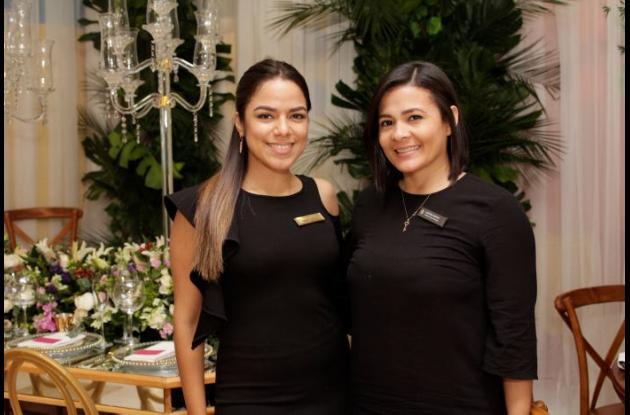 María Victoria Marriaga y Aurora Ochoa.