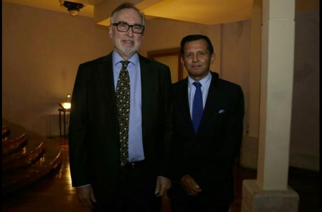 Paul Cahn y Mario Pacheco.
