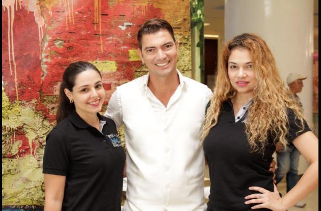 Paula Covo, Antonio Viaña y Lilian Polo.