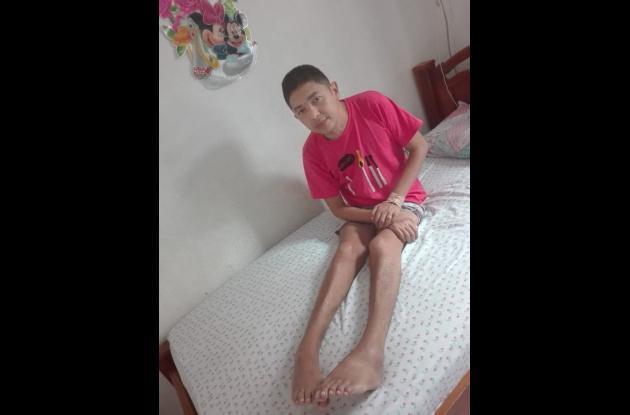 Rafael Ochoa Salas, paciente con porfiria, enfermedad rara.