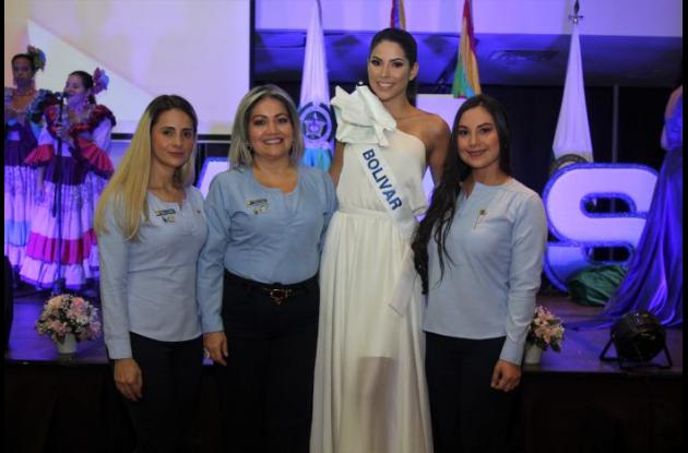 Angely de Méndez, Sandra de Calderón; la Señorita Bolívar, Laura Olascuaga Pinto, y Diana de Arias.