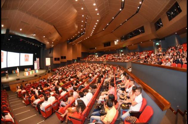 Instalación de la Bienal de Arquitectura y Urbanismo en el Centro de Convenciones Cartagena de Indias
