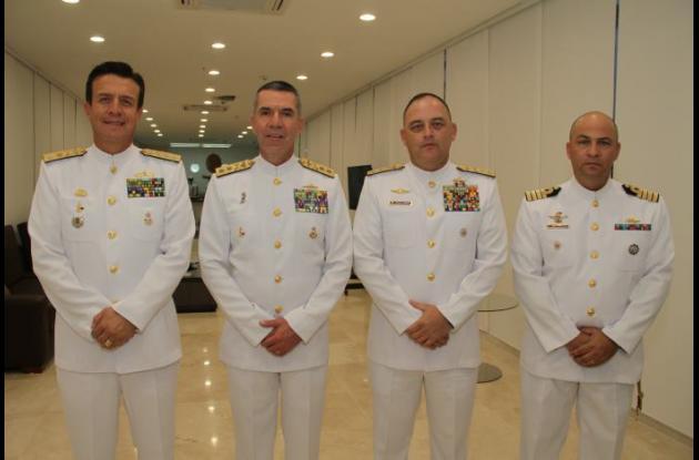 Contralmirante Francisco Cubides, Contralmirante Andrés Vásquez, el General Ricardo Vargas y el Coronel Rafael Olaya./