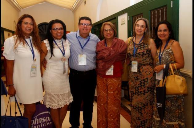 Katia Escorcia, Dayra Marimón, Edwin Valencia, Nenna Lung, Natalia Lemus y Blanca Muñoz.