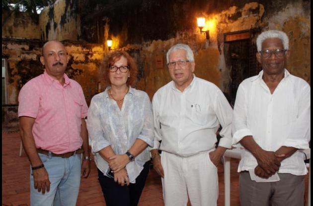 Luis Jiménez Trespalacio, Ivana Gross, Joce Daniels y Juan Gutiérrez.