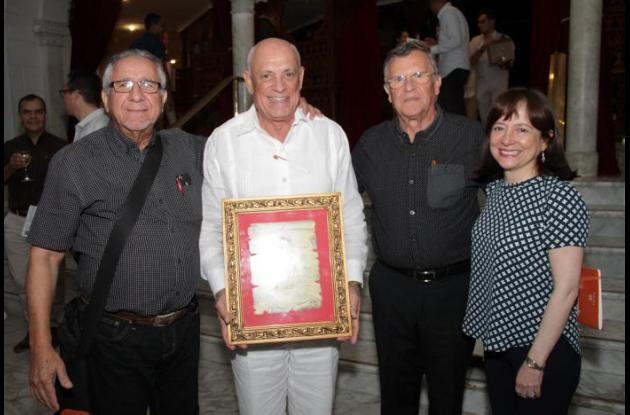 Oswaldo Sierra, William Spicker, Iván Spicker y Sonia Monroy./