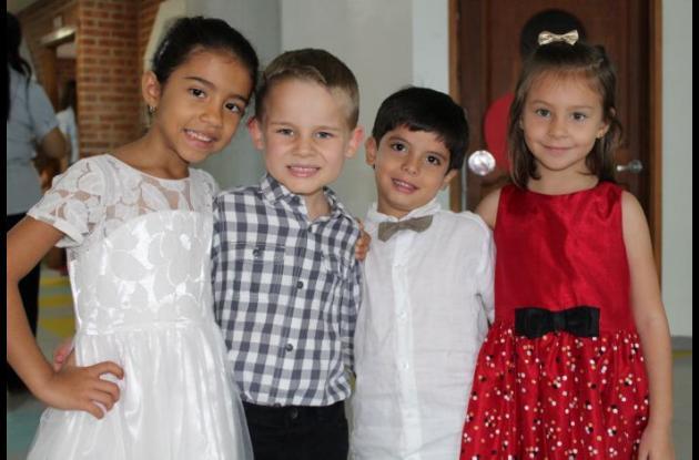 Paulina Carrasquilla, Preston Sherer, David Rivas y Mhya Rodríguez.