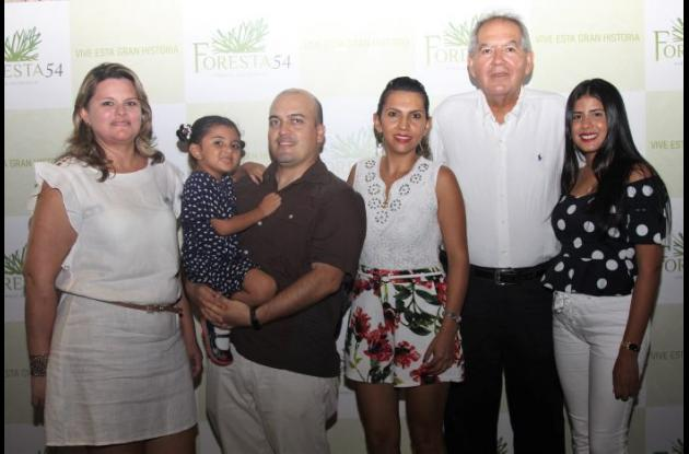 Alexandra Suárez, María José Guio, Cristhian Guio, Paola Pérez, Jorge Roa y Melissa De La Ossa.